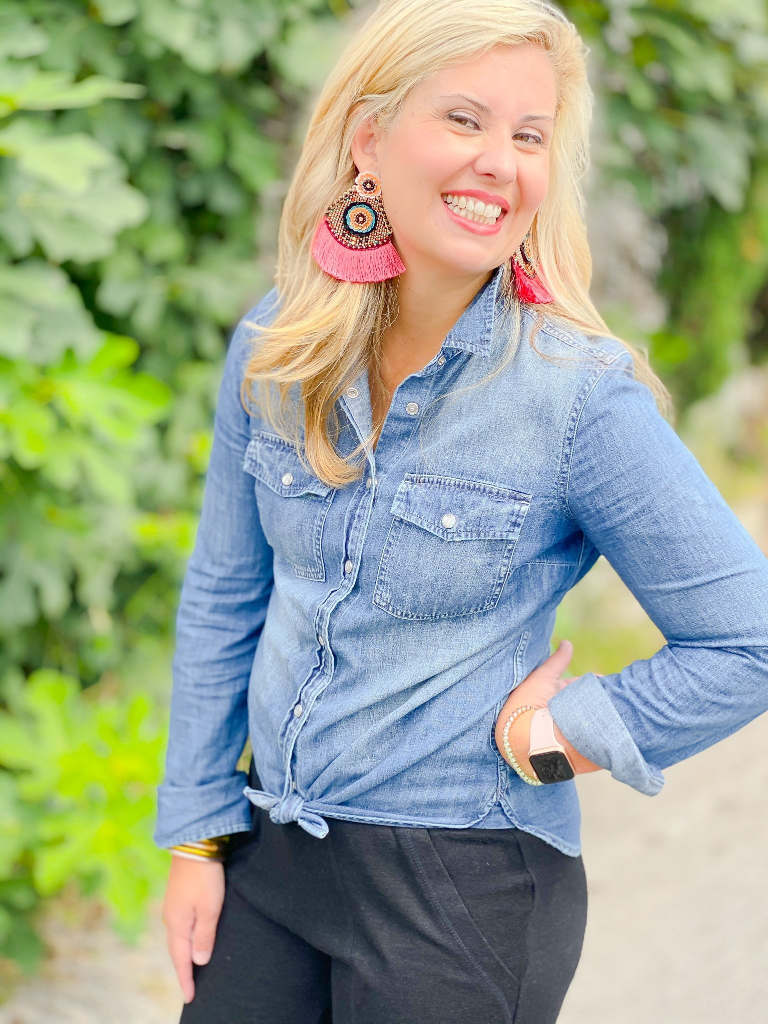 denim top tied in knot with jogger pant