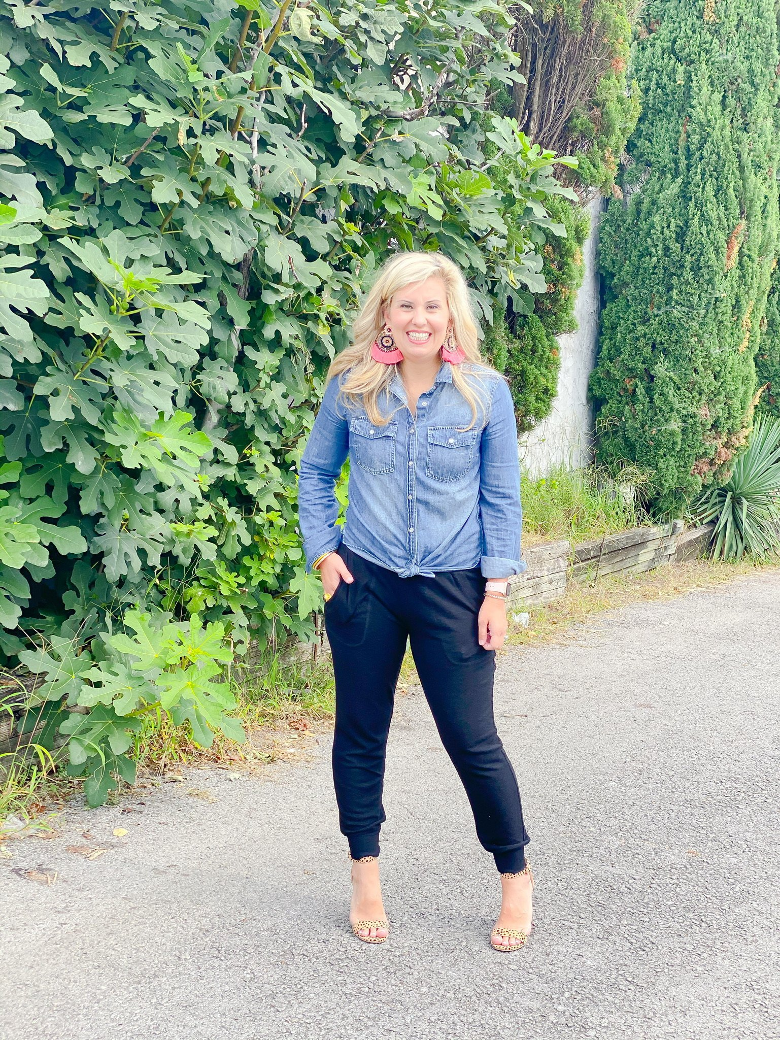 denim blouse with jogger pant and heel