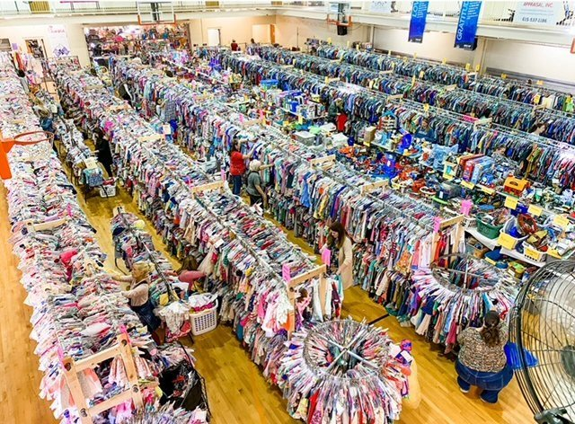 Hooked on Consignment Hendersonville TN aerial view of floor